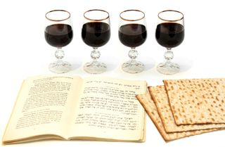 Jewish-passover-meal