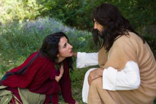 Jesus Woman touches hem